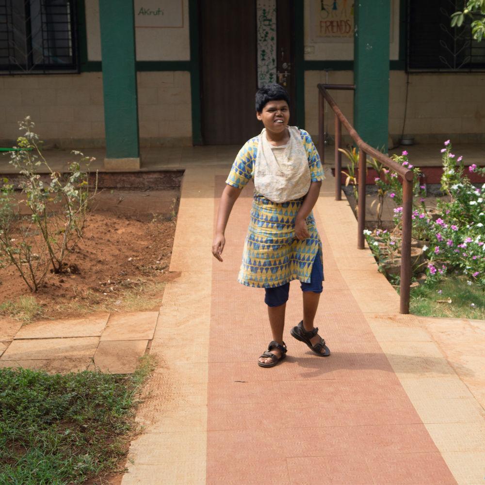 vanitha-during-the-morning-walk-umang-wwti-karjat